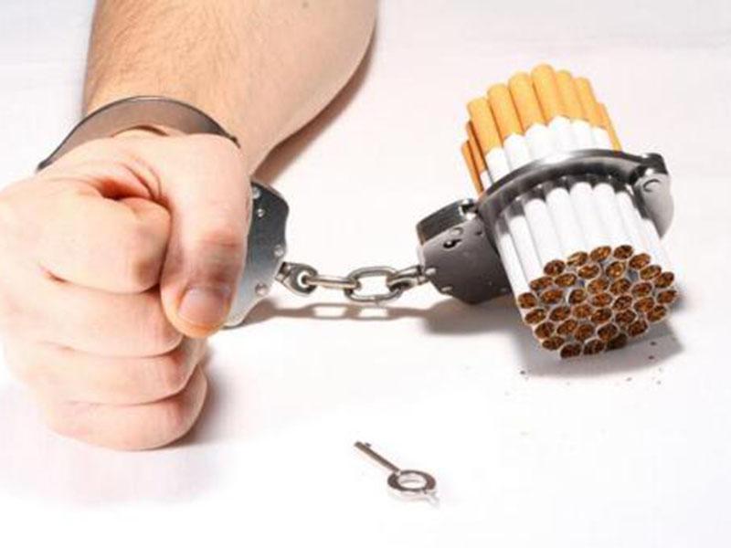 吸烟是导致吸烟者肺气肿和肺癌死亡的主要原因