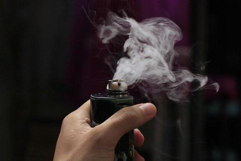 水烟和电子雾化烟哪个好?有什么区别?